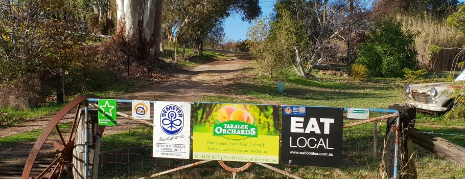Entrance to taralee Orchards